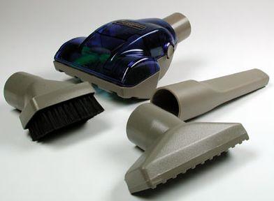 Обычно в комплекте поставки пылесоса есть несколько различных насалок